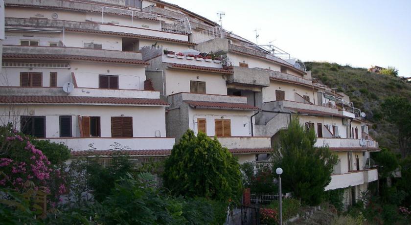 Scalea Panoramic Apartments